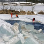 cutting ice floes to search for underwater UXO