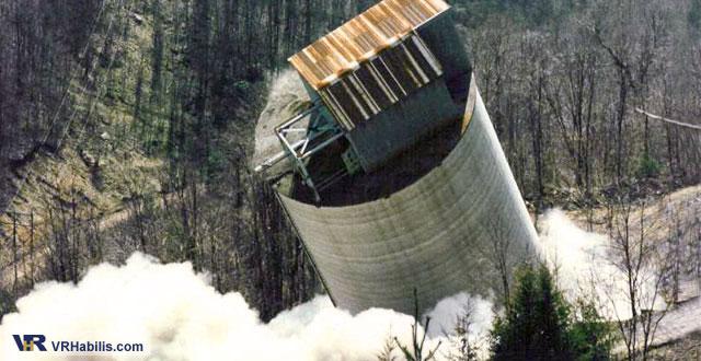 precision demolition of LG silo