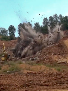 precision blasting at Yarnell Quarry